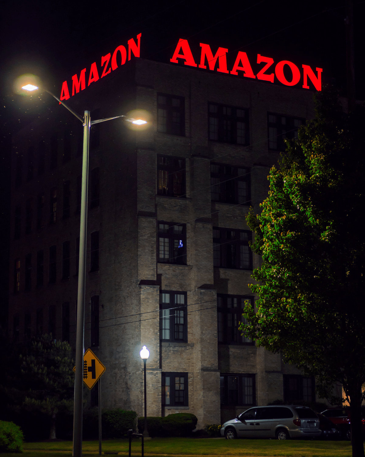 Amazon Rooftop Backlit Channel Lettering